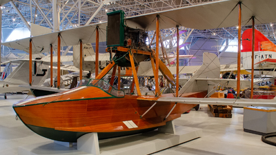 - Curtiss 18 Seagull - Private