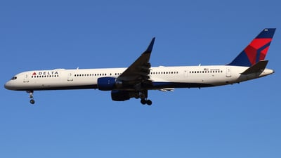 A picture of N596NW - Boeing 757351 - Delta Air Lines - © James Bruno