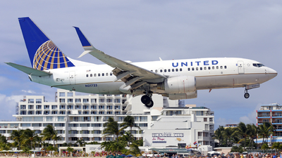N21723 - Boeing 737-724 - United Airlines (Continental Airlines)