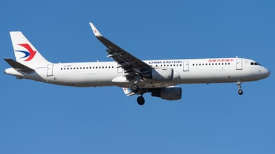 B-8167 - Airbus A321-211 - China Eastern Airlines