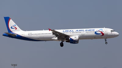 VQ-BOF - Airbus A321-211 - Ural Airlines