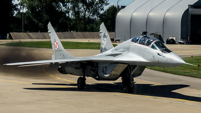 42 - Mikoyan-Gurevich MiG-29UB Fulcrum B - Poland - Air Force