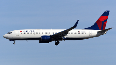 A picture of N3734B - Boeing 737832 - Delta Air Lines - © Rocky Wang