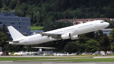 G-POWN - Airbus A321-211 - Titan Airways