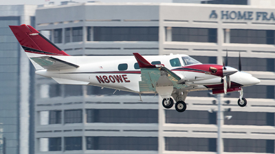 N80WE - Beechcraft B60 Duke - Private