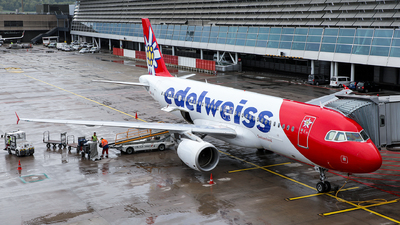 A picture of HBJJK - Airbus A320214 - Edelweiss Air - © Goncalo Guimaraes