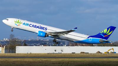 F-HPUJ - Airbus A330-323 - Air Caraïbes Atlantique