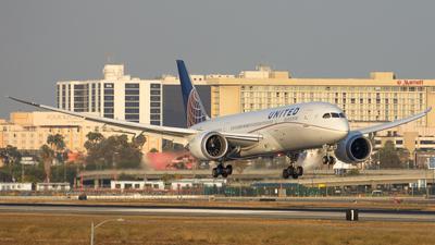 N26906 - Boeing 787-8 Dreamliner - United Airlines