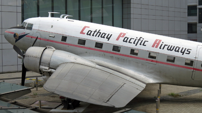 VR-HDA - Douglas DC-3 - Cathay Pacific Airways