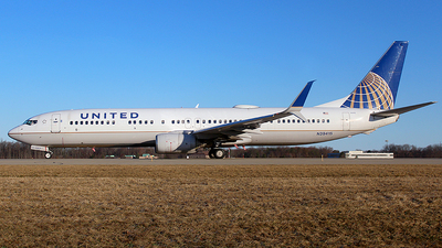 A picture of N39415 - Boeing 737924(ER) - United Airlines - © Chrisjake