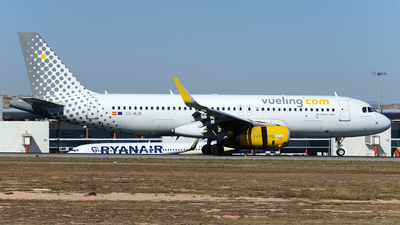 EC-MJB - Airbus A320-232 - Vueling Airlines