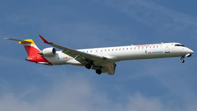 A picture of ECLJR - Mitsubishi CRJ1000 - Iberia - © Sandra
