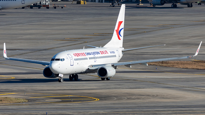 A picture of B5826 - Boeing 73776D - China Eastern Airlines - © Yan Shuai