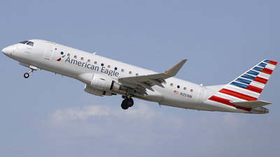 A picture of N251NN - Embraer E175LR - American Airlines - © Andrew Hutnyan
