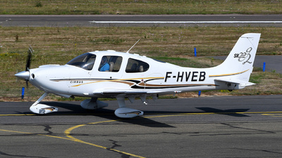 F-HVEB - Cirrus SR22 - Private