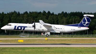 A picture of SPEQF - De Havilland Canada Dash 8400 - LOT - © spottingfabi / Fabian Drescher
