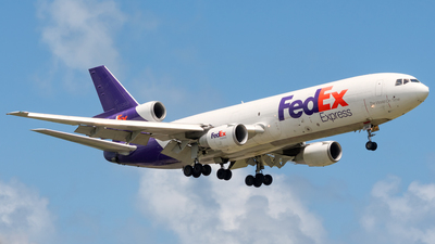A picture of N316FE - McDonnell Douglas MD1030F - FedEx - © Hector Rivera-HR Planespotter
