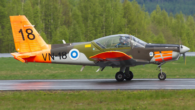 VN-18 - Valmet L-70 Vinka - Finland - Air Force