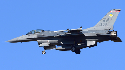 90-0806 - Lockheed Martin F-16CJ Fighting Falcon - United States - US Air Force (USAF)