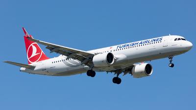 A picture of TCLSC - Airbus A321271NX - Turkish Airlines - © Ömür Sadikoglu