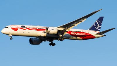 A picture of SPLSC - Boeing 7879 Dreamliner - LOT - © Damian Maciejak