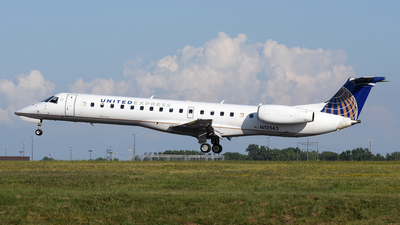 A picture of N12563 - Embraer ERJ145LR - United Airlines - © DJ Reed - OPShots Photo Team