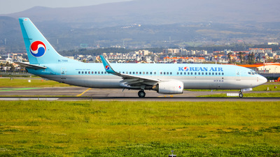 A picture of HL7566 - Boeing 7378B5 - Korean Air - © sj.jeju1010