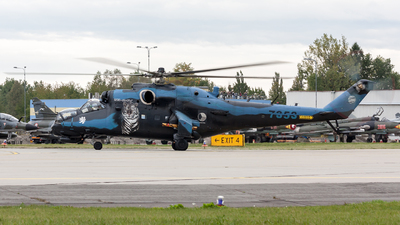 7353 - Mil Mi-24V Hind E - Czech Republic - Air Force