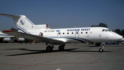 UN-87926 - Yakovlev Yak-40K - Kazair