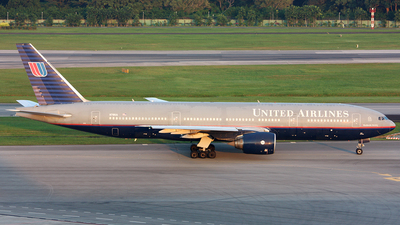 N791UA - Boeing 777-222(ER) - United Airlines
