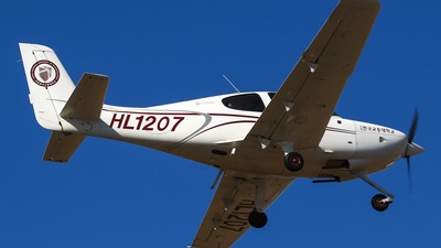 HL1207 - Cirrus SR20 - Korea National University of Transportation