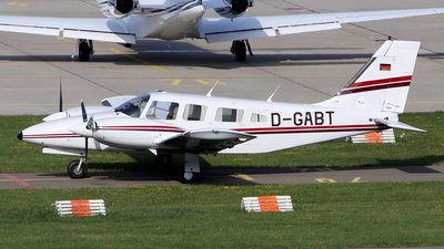 D-GABT - Piper PA-34-220T Seneca III - Private