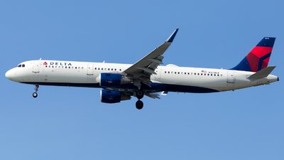 A picture of N373DX - Airbus A321211 - Delta Air Lines - © HA-KLS