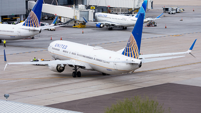 A picture of N62892 - Boeing 737924(ER) - United Airlines - © Alexander Owen