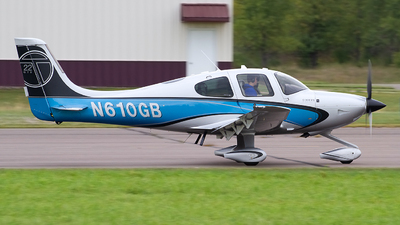 N610GB - Cirrus SR22-GTS Turbo - Private