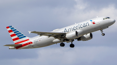 A picture of N124US - Airbus A320214 - American Airlines - © Nelson Mejia