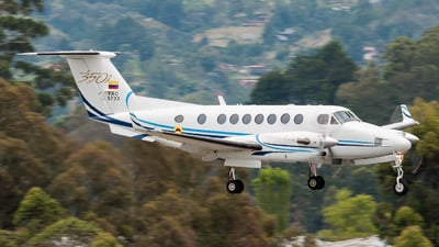 FAC5733 - Beechcraft B300 King Air 350i - Colombia - Air Force