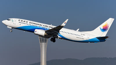 A picture of B7631 - Boeing 73783Z - Donghai Airlines - © guweishi