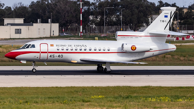 T.18-1 - Dassault Falcon 900B - Spain - Air Force