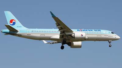 HL8315 - Airbus A220-371 - Korean Air