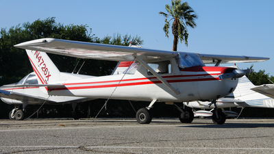 N4726X - Cessna 150G - Private