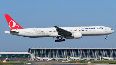 A picture of TCLJI - Boeing 7773F2(ER) - Turkish Airlines - © songxiuming