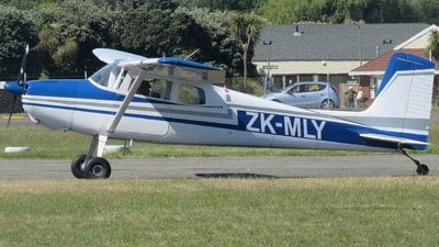 ZK-MLY - Cessna 172 Skyhawk - Private
