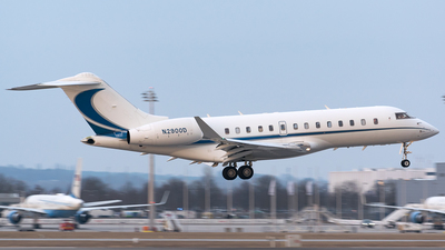 N2900D - Bombardier BD-700-1A11 Global 5000 - Private