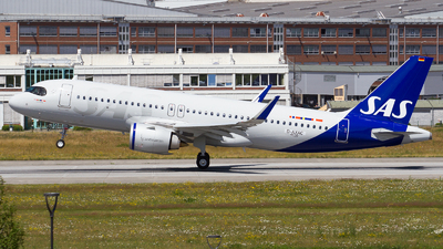 A picture of DAXAC - Airbus A320 - Airbus - © RobertLN