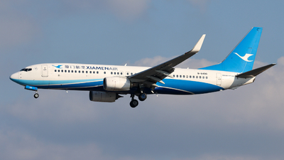 A picture of B6490 - Boeing 73785C - Xiamen Air - © Jiaming
