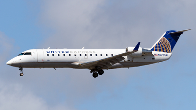 N927SW - Bombardier CRJ-200ER - United Express (SkyWest Airlines)