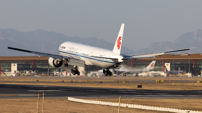 B-2038 - Boeing 777-39LER - Air China