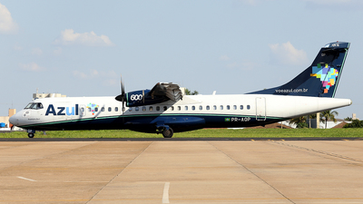A picture of PRAQP - ATR 72600 - Azul Linhas Aereas - © Alex Pelicer