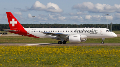 A picture of HBAZG - Embraer E190E2 - Helvetic Airways - © Jonathan Borstel